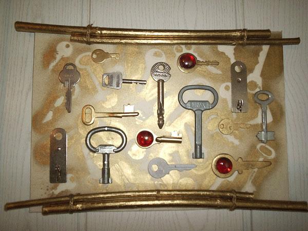 Поделки из старых ключей своими руками 60